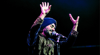 Returning to De Montfort Hall once again, Satinder Sartaaj. A multi-gifted songwriter, singer, composer, poet and actor. Today, Satinder Sartaaj possesses an unprecedented list of achievements and remains in the forefront of his craft, a true legend. We are so excited to share with you the tour of 2020! Be prepared to be mesmerised. This is the new rescheduled date from Saturday 4 April 2020.All tickets, including pre-booked venue parking, will remain valid for the new date. If you need to contact us to discuss your booking please email dmh-office@leicester.gov.uk